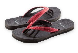 serena berry toesox sandal