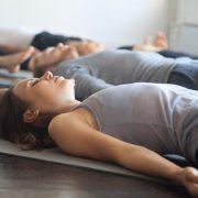 afspænding yoga nidra krispilates og yoga