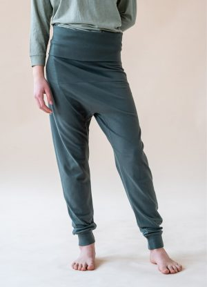 yogamii prana pants petroel grey